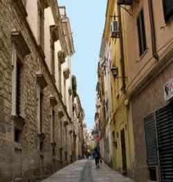 Sassari - una strada del centro storico