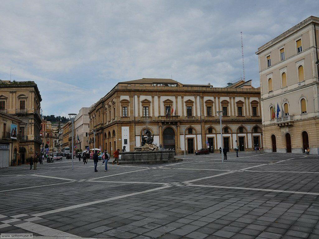 caltanissetta_016_piazza_garibaldi
