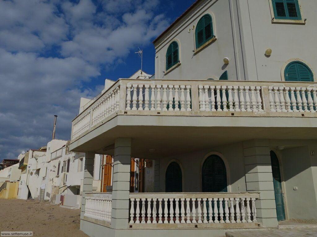 Puntasecca, casa Montalbano, castello Donnafugata 001