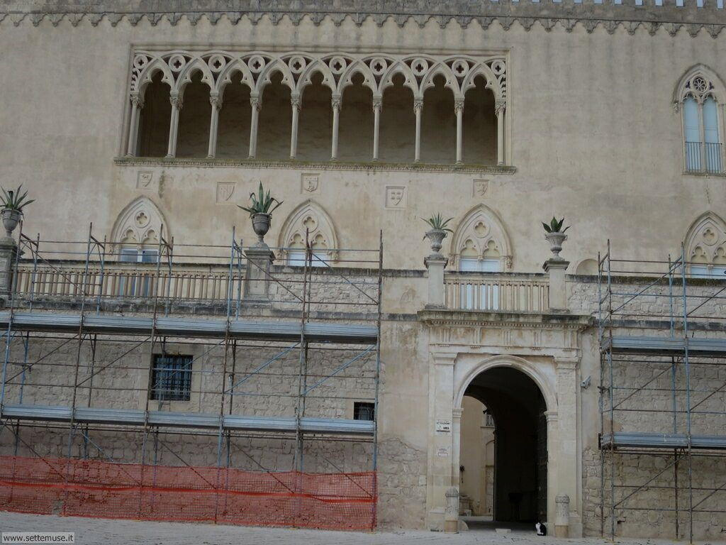 Puntasecca, casa Montalbano, castello Donnafugata 008