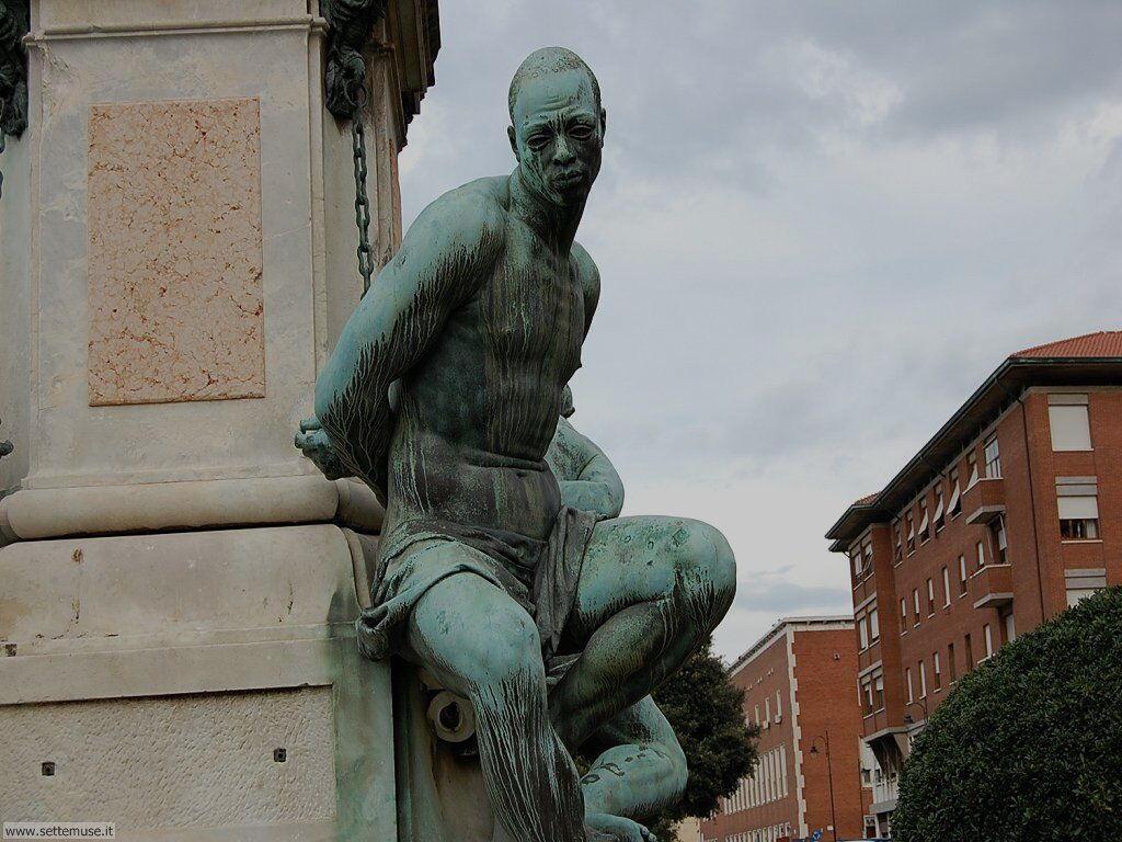 livorno_citta_413 Monumento a Ferdinando I e ai 4 mori