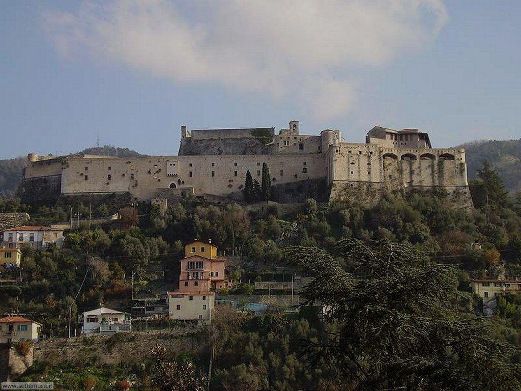 carrara_citta_005_castello_malaspina
