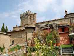 Castello di Gargonza scorcio