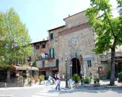Lucignano - Porta San Giusto