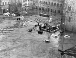 Firenze 1966 - Foto sull'alluvione