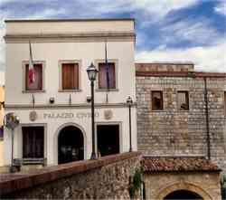 Bibbona - Foto del  Palazzo Civico