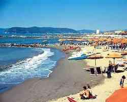 Spiaggia a Marina di Pisa