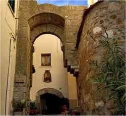 Serrazzano - Porta Fiorentina