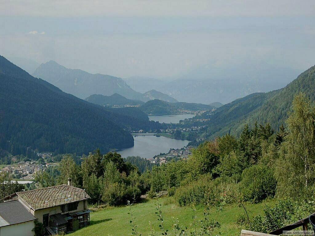 Panoramica dei laghi di Serraia e di Piazze