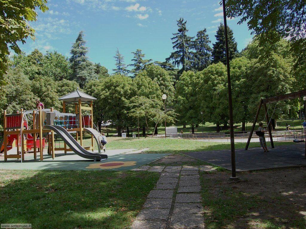 Rovereto, parco giochi vicino al museo e alla università scienze cognitive