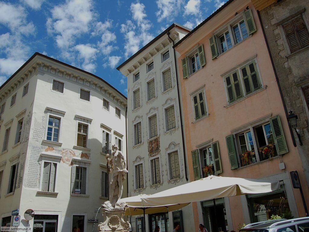 Piazza col Nettuno a Rovereto