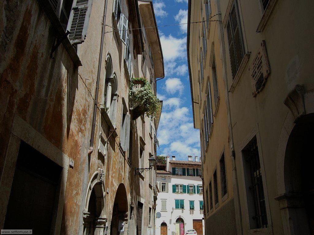 Via nel centro storico di Rovereto