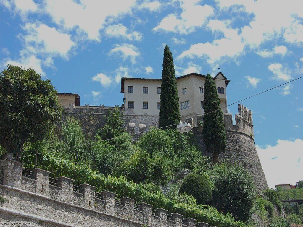 Vista del castello di Rovereto