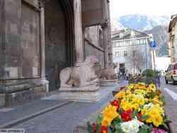 Bolzano-Ingresso Duomo