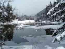 Lago di Dobbiaco in inverno
