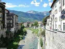 Rovereto - panoramica sul torrente Leno