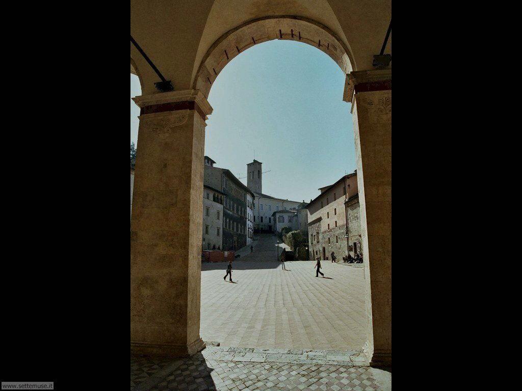 spoleto_002_piazza_duomo