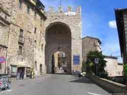 Assisi - Antica Porta della città