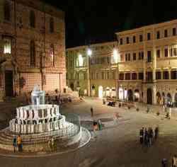 Perugia - Piazza Grande (IV Novembre)