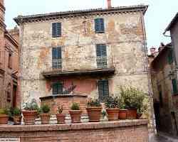 Monteleone - Antico Pozzo in Piazza Cavour