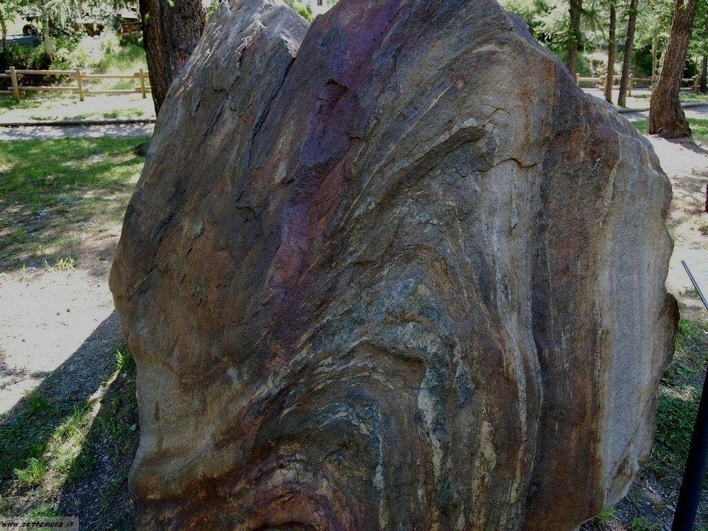 AO_cogne_geologia/foto_lillaz_geologia_010.jpg
