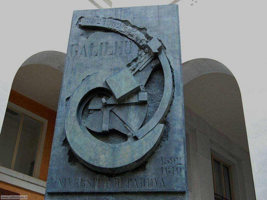 Università degli Studi 025