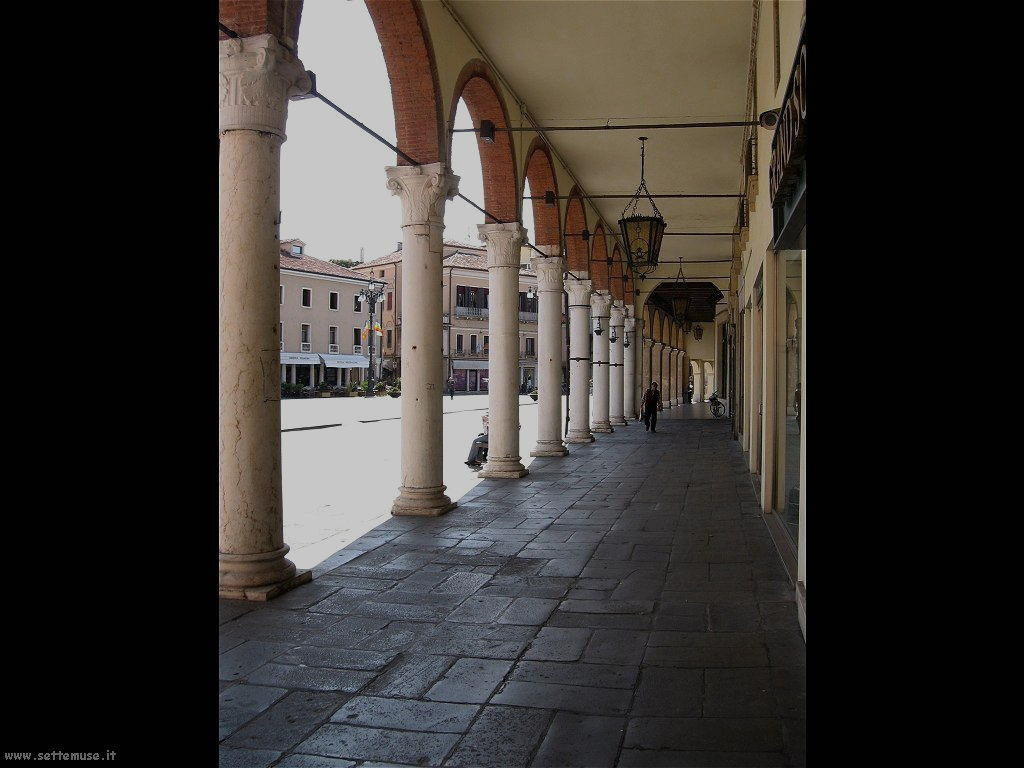 Portici palazzo Roverella