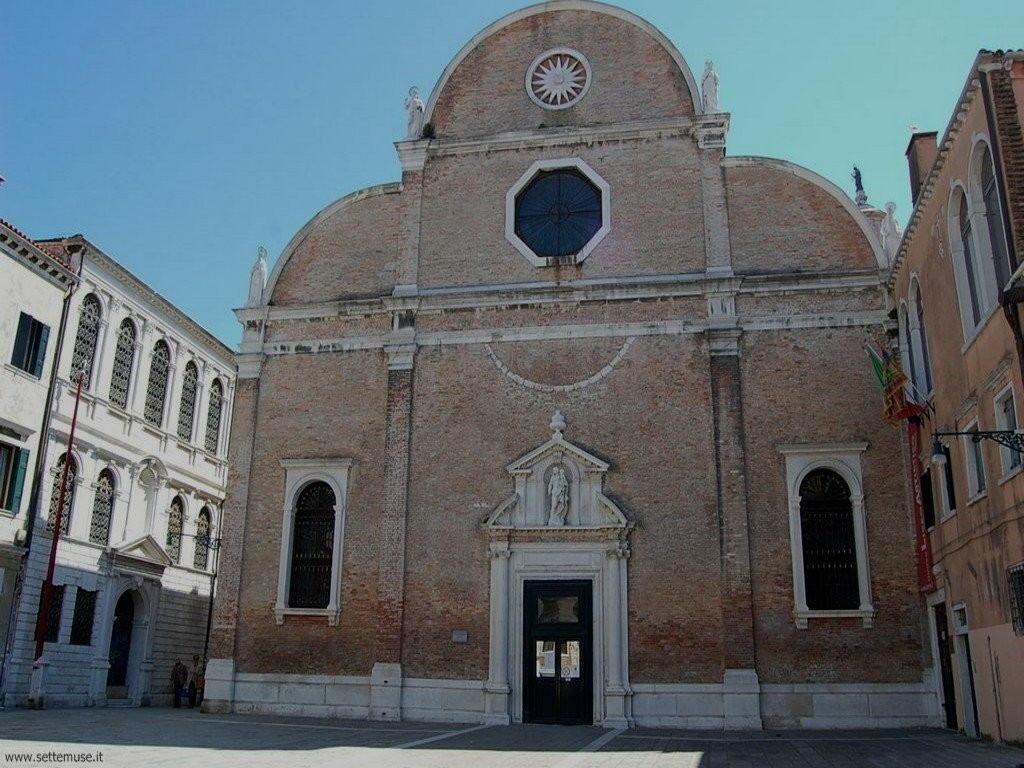 Chiesa e scuola Carmini 094