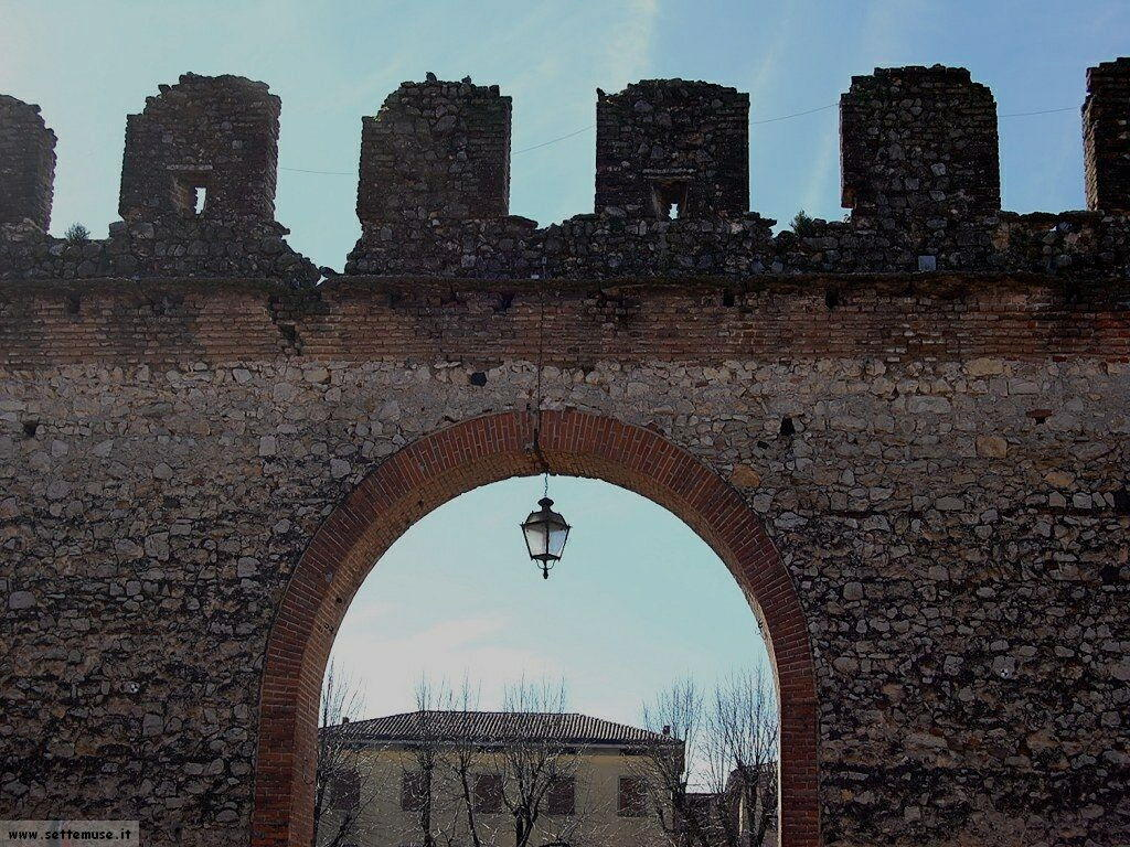 Mura Scaligere di Soave