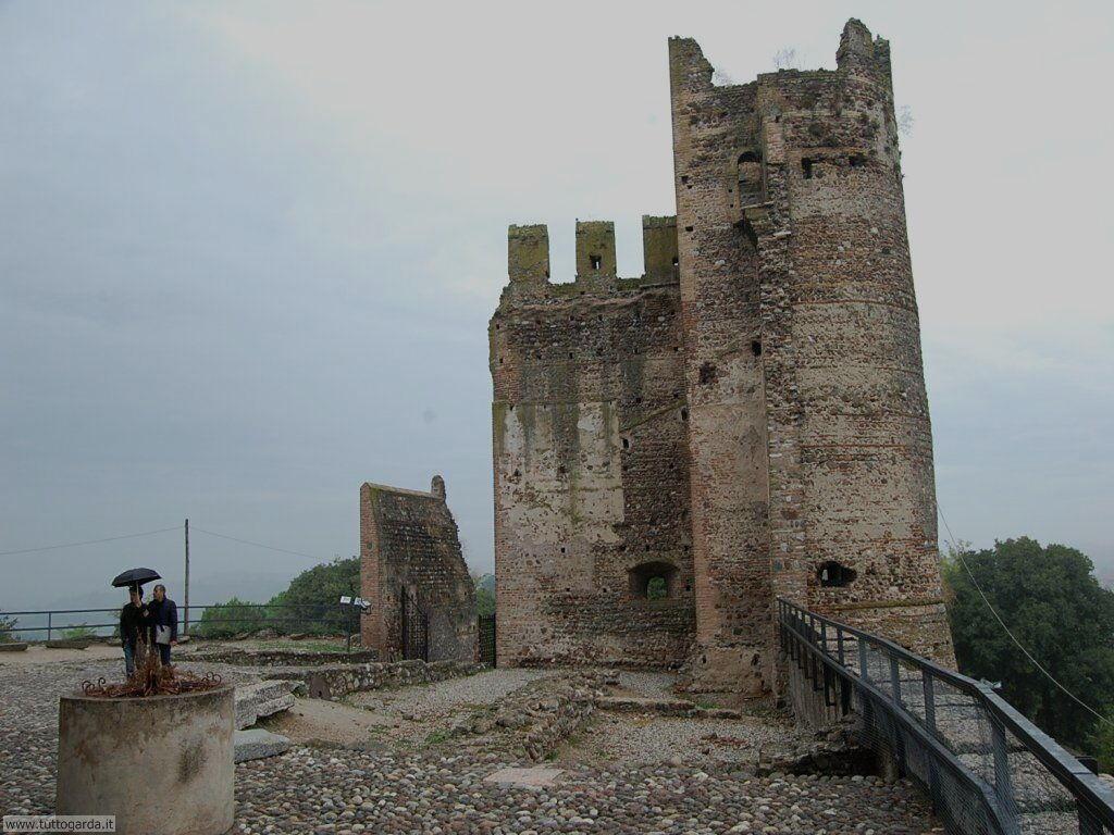 Valeggio sul Mincio, castello Scaligero 023