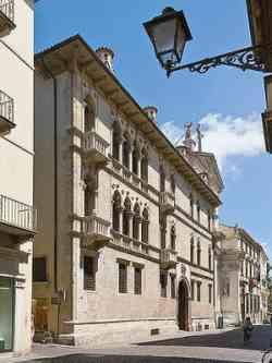 Vicenza - Palazzo dal Toso Franceschini Da Schio