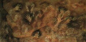 Pittura in grotta con impronte di mani sinistre, negative e positive, di una femmina