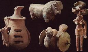 Quattro figurine in terracotta da Mohenjo-daro, 3500 a.C.