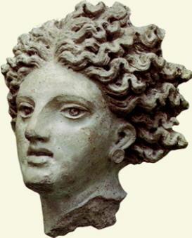 Testa di Leucotea in terracotta (Pyrgi)